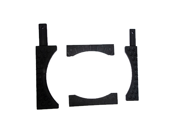 Rubber shock absorption pads for wheel alignment turntable